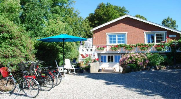 B&B Bed and Breakfast Ærøskøbing Bed and Breakfast Ærø Holmevej 4