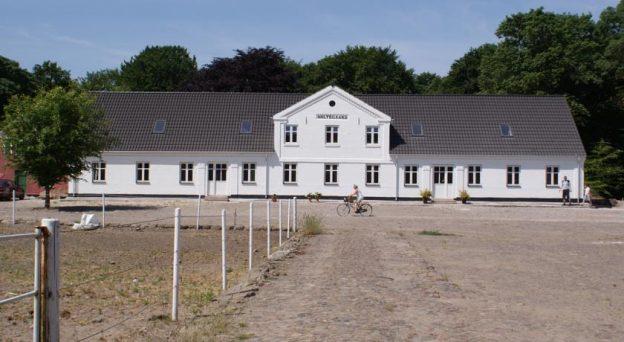 B&B Bed and Breakfast Dronninglund Holtegaard Bed & Breakfast V. Hassingvej 39 9330 Nordjylland