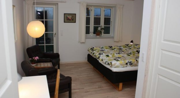 B&B Bed and Breakfast Kalundborg Holmehuset Bed & Breakfast Kåstrup Holmevej 23 4400 Vestsjælland