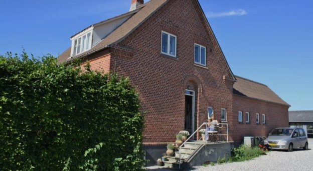 B&B Bed and Breakfast Knebel Bed & Breakfast Mols Knebel Bygade 42 8420 Midtjylland