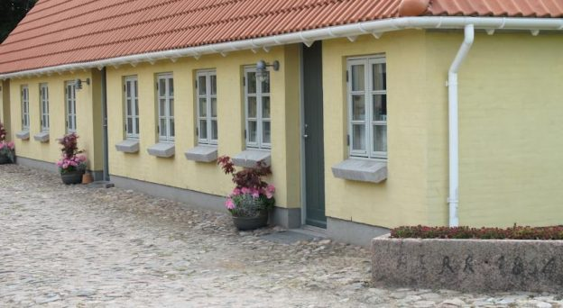 B&B Bed and Breakfast Langeskov Birkende Bed and Breakfast Hans Tausensgade 41 5550 Fyn