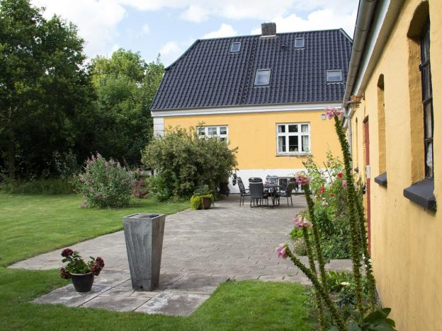 B&B Bed and Breakfast Otterup Murermester Madsens Villa Ørritslev Gade 31 5450 Fyn